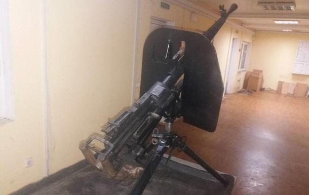 Украинец пытался вывезти в Россию пулемет