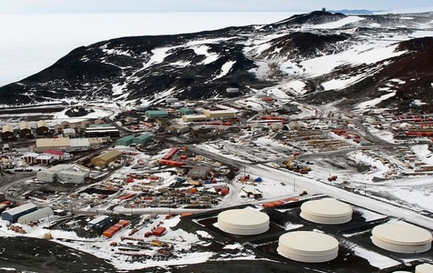 На станції в Антарктиці загинули двоє людей
