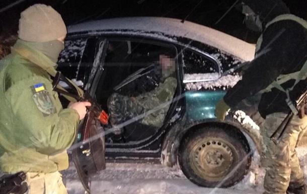 На Буковине со стрельбой задержали авто с пьяным контрабандистом за рулем