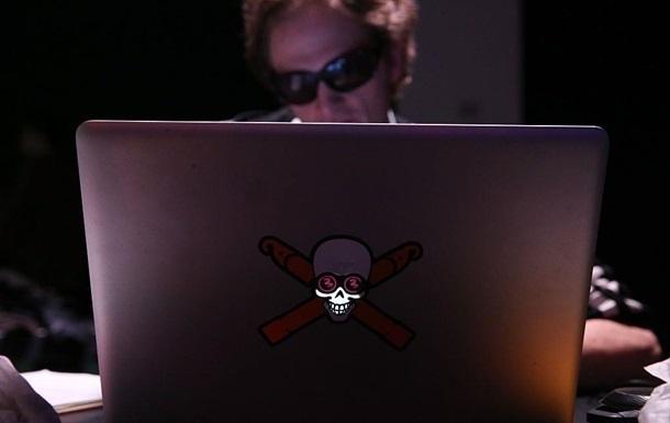 Китайські хакери викрали секретні дані ВМС США