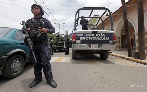 Мексиканські бандити застрелили трьох поліцейських