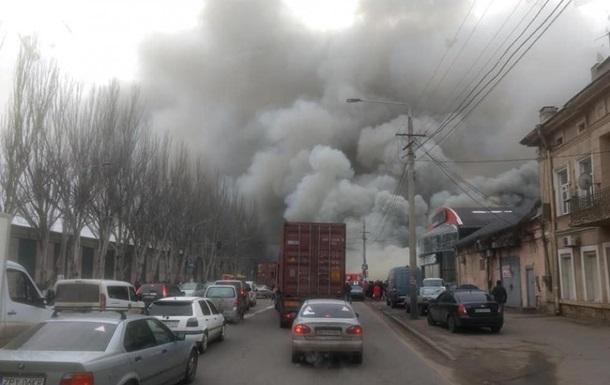 В Одесі сталася масштабна пожежа