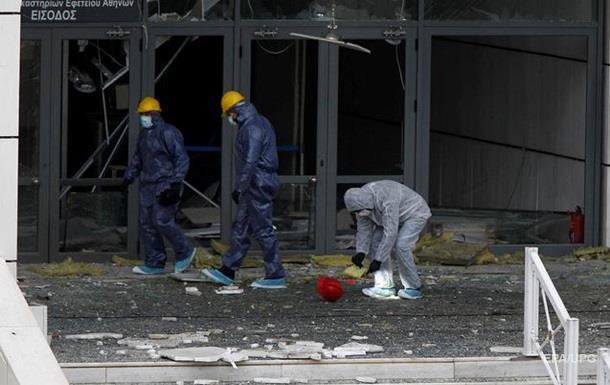 Возле греческой телестудии взорвалась бомба