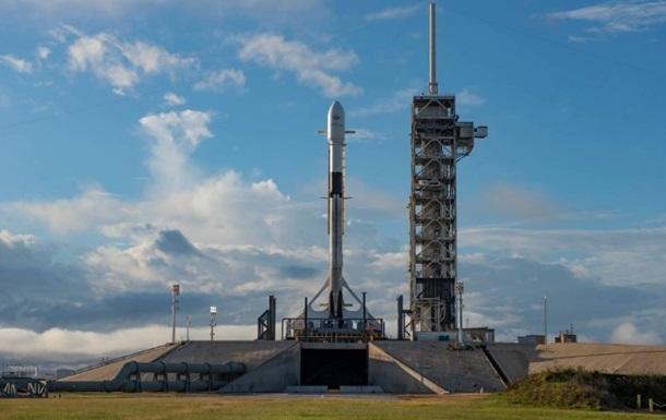 Запуски ракет-носителей Falcon 9 и Союз перенесли