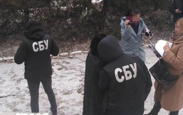 На Миколаївщині директора Центру соцобслуговування спіймали на хабарі