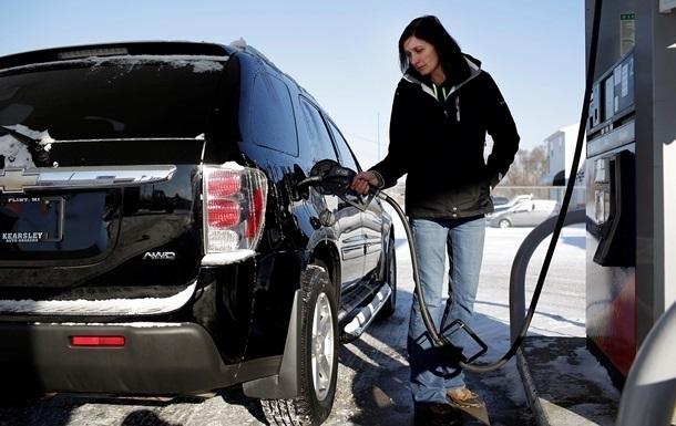Вгосударстве Украина резко упал вцене бензин