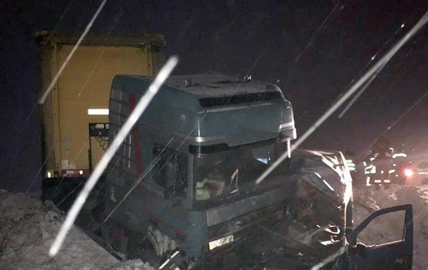 У Хмельницькій області в ДТП загинули дві людини