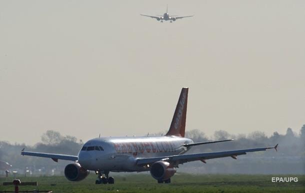 В аэропорту Лондона приостановили полеты из-за дронов