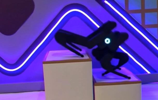 В Китае инженеры создали робота-паука