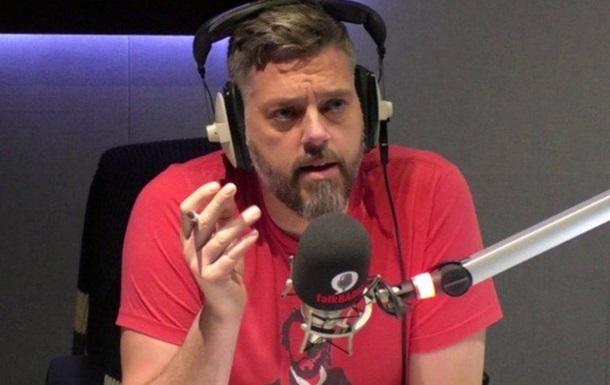 Радиоведущий спас дозвонившегося человека от суицида