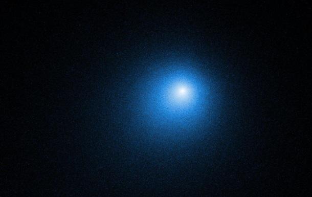 NASA показало  найяскравішу комету року  на фото