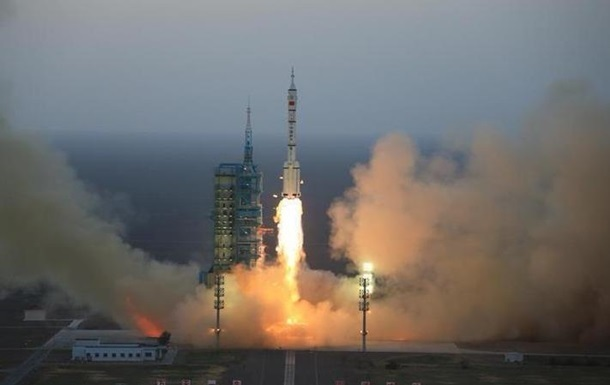Китай вывел на орбиту экспериментальный спутник связи