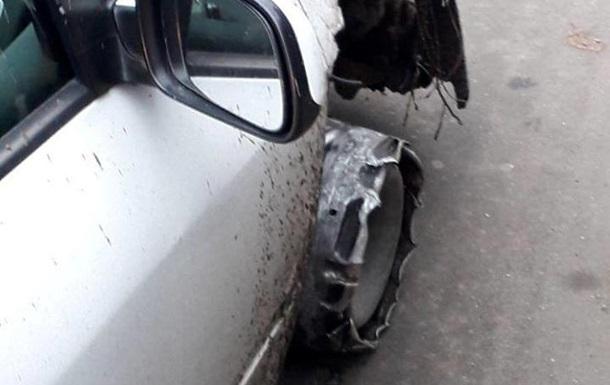 В Ужгороді патрульні затримали п яного водія на авто без колеса