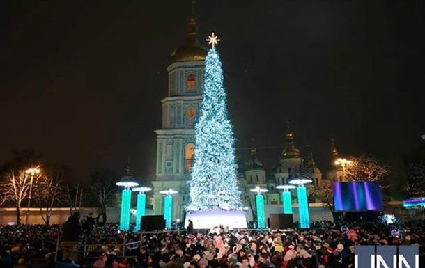 Стало відомо, скільки райони Києва витратять на новорічні свята