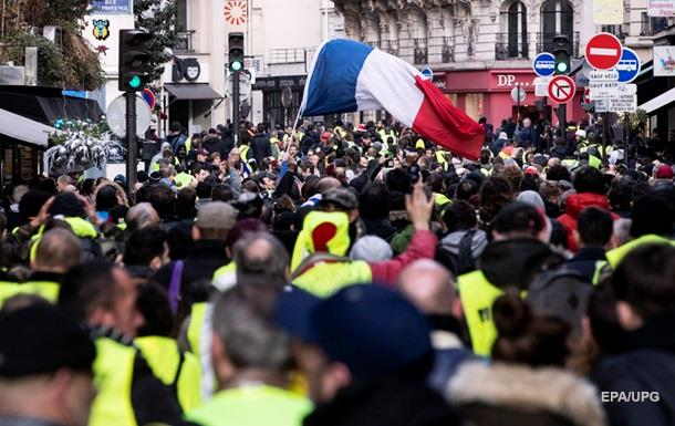 У Франції затримали організатора протестів  жовтих жилетів