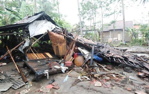 Цунамі в Індонезії: кількість жертв зросла до 229