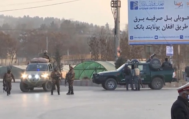 ВКабуле рядом справительственным зданием произошел взрыв