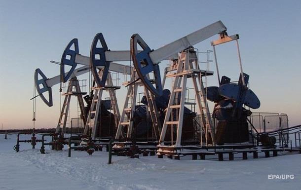 Ціна на нафту закріпилася нижче 51 долара