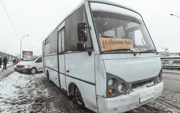 У Києві чоловік помер у маршрутці