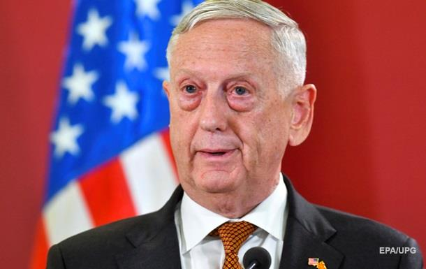 Глава Пентагону перед відставкою провів Різдво на роботі