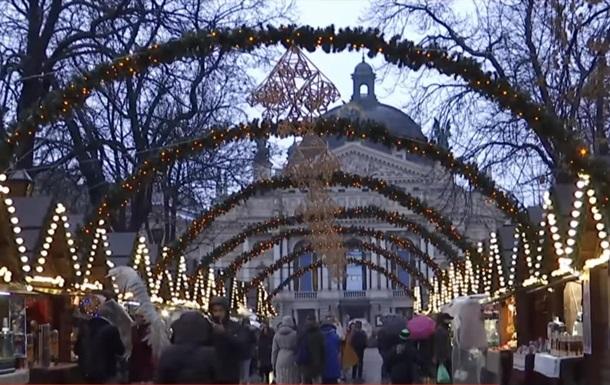 Ярмарок у Львові відновив роботу після вибуху