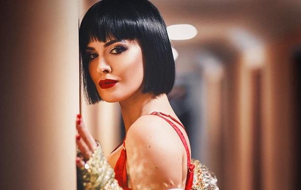 Даша Астафьева выпустила новый клип Зима