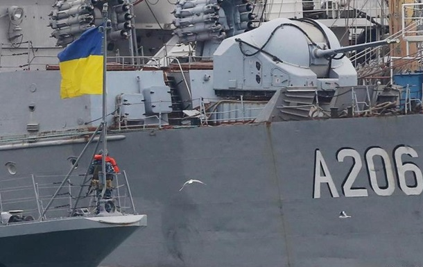 Воєнний стан в Україні: імітація чи справжній  стрес-тест ? - DW