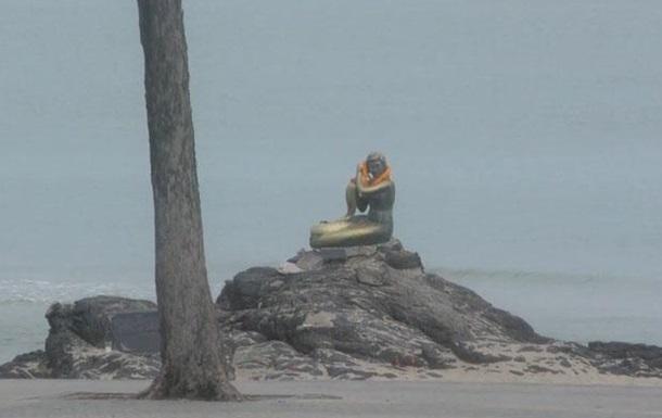 Две бомбы взорвались на пляже в Таиланде