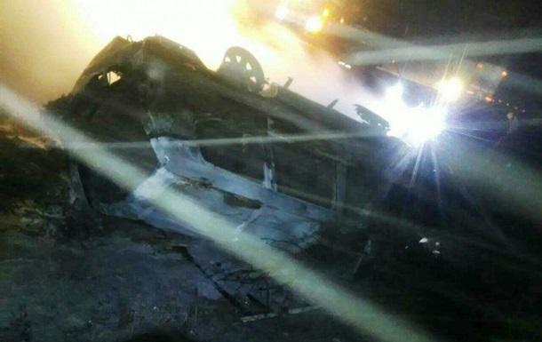 Під Мелітополем перекинувся і загорівся автомобіль: двоє загиблих