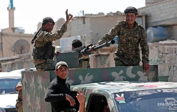 Сирійські курди залишають спірні території