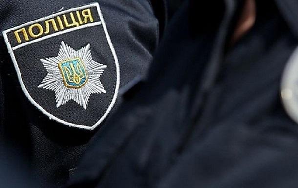 В Киеве мужчина покусал полицейского