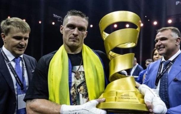The Ring назвав Усика і Ломаченка-старшого найкращими боксером і тренером року