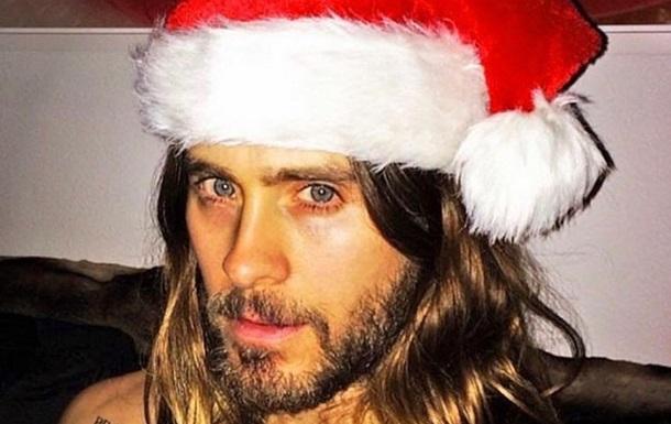 Джаред Лето показав пікантне фото в одязі Санта-Клауса