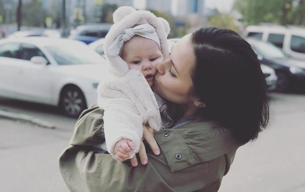 Российского актера через суд заставляют признать дочь