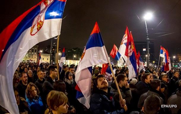 В Сербии продолжаются протесты против президента