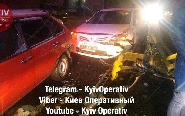Під Києвом п яний водій протаранив сім автомобілів