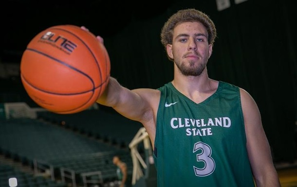 Сын Коломойского в США играет в баскетбол в студенческой лиге - СМИ