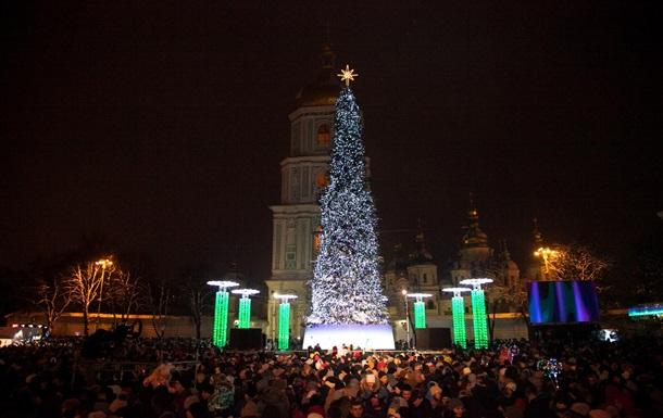 У центрі Києва Новий рік зустріли 15 тисяч чоловік