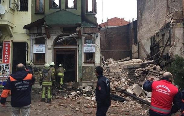 В Стамбуле обрушилось здание, есть пострадавшие