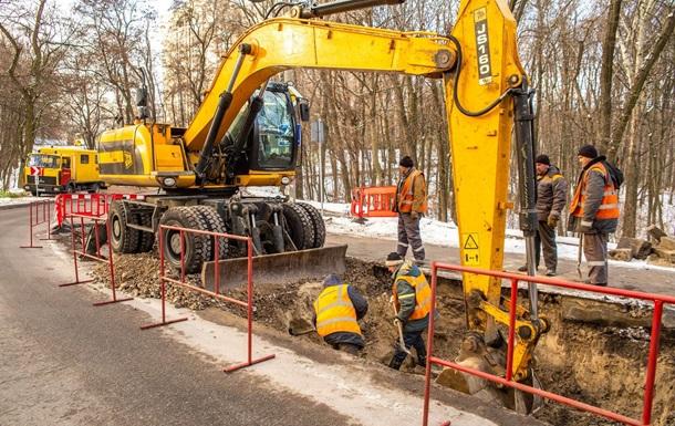 В Киеве 40 зданий остались без тепла из-за аварии