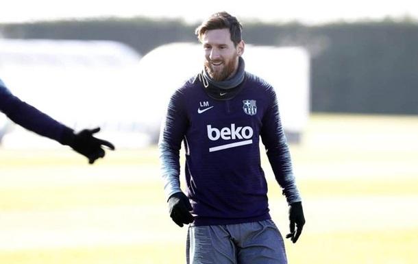 Месси забил эффектный гол на тренировке Барселоны