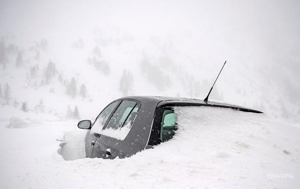 Австрию засыпало снегом