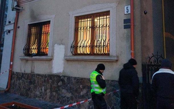 Підпал союзу угорців на Закарпатті: в Польщі звинуватили трьох громадян