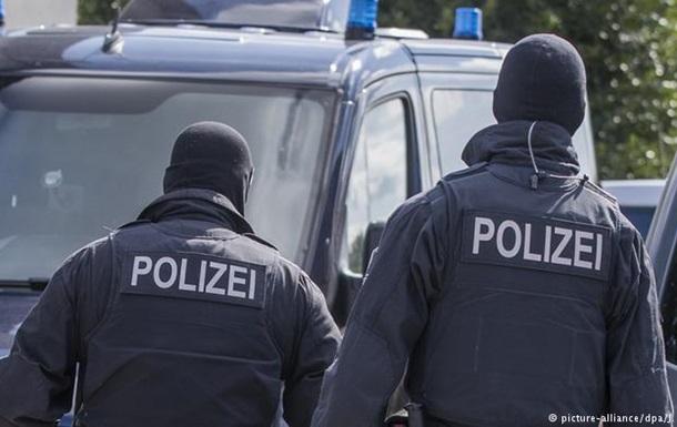 Витік даних політиків у Німеччині: поліція провела обшуки