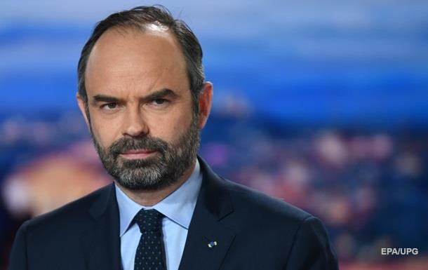 Во Франции вынесли около тысячи приговоров  желтым жилетам  - премьер