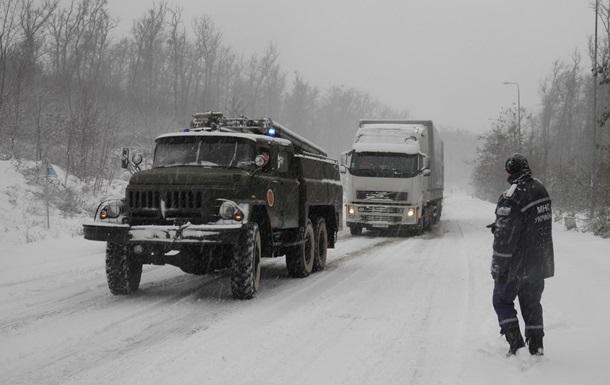В Запорожской области из-за снегопада закрыты две трассы