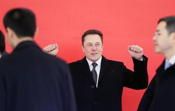 Tesla запустила будівництво заводу в Китаї