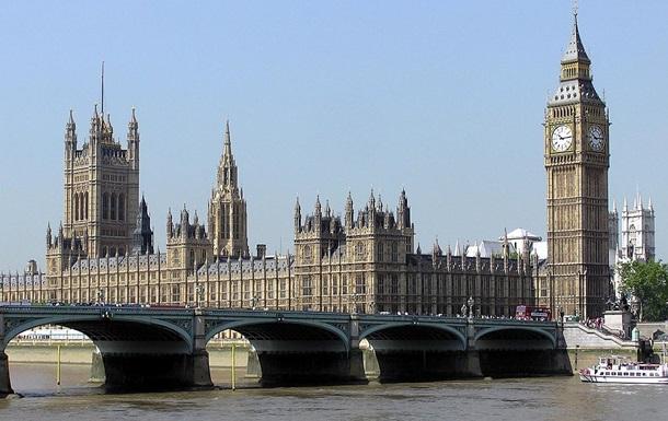 У Британії невідомий намагався потрапити в будівлю парламенту