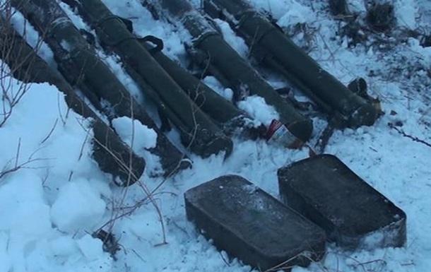У Запорізькій області виявили схованку з гранатометами