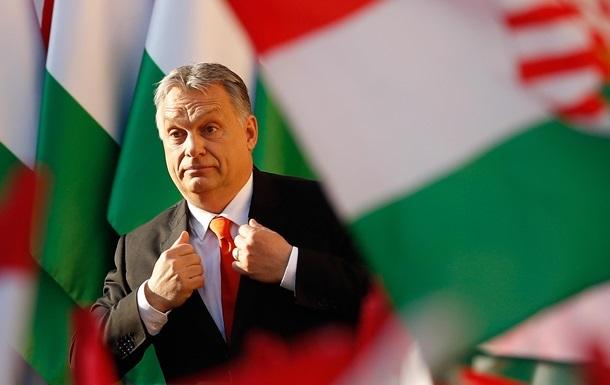 Орбан заявив, що  повинен боротися  з Макроном задля Угорщини